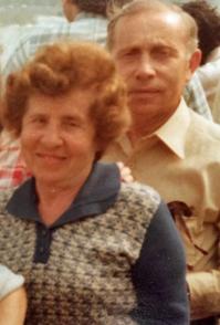 (סבתא) יפה ו(סבא) יוסי. הוריי היקרים.