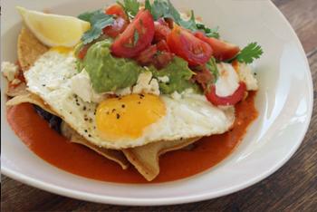 ארוחת בוקר מקסיקנית. מסעדת קסיס.