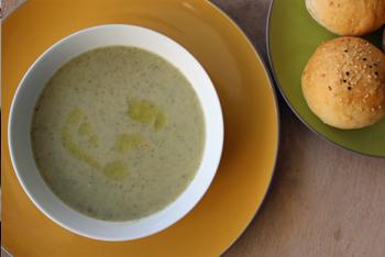מרק ברוקולי, ערמונים וכמהין